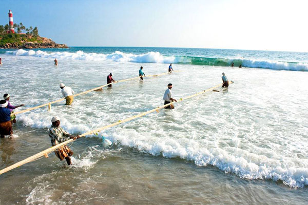 Tourist destinations in India | Kovalam Beach