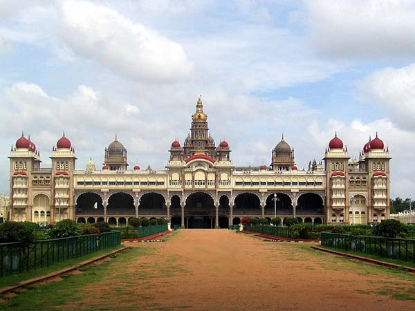 South India Nature Tour | Visit Mysore Palace | The Travel Planners