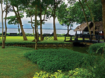 Kerala Tour with Vivanta By Taj